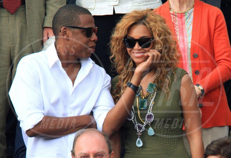 Jay Z, Beyonce Knowles - 08-01-2012 - Fiocco rosa per Beyoncè Knowles: è nata Ivy Blue Carter