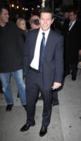Mark Wahlberg - New York - 10-01-2012 - Mark Wahlberg si scusa dopo i commenti da macho sul volo United 93