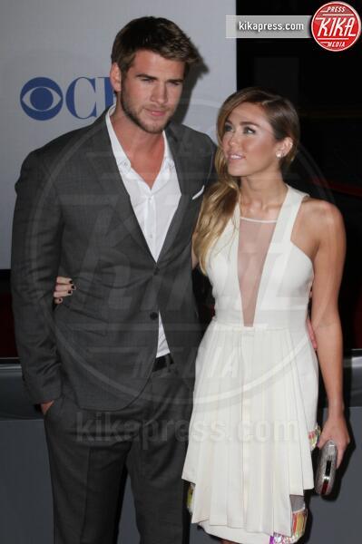 Liam Hemsworth, Miley Cyrus - Los Angeles - 11-01-2012 - People's Choice Awards 2012: gli arrivi sul red carpet