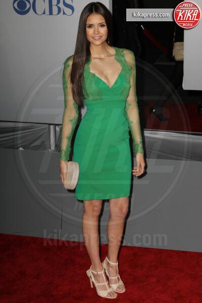 Nina Dobrev - Los Angeles - 11-01-2012 - People's Choice Awards 2012: gli arrivi sul red carpet