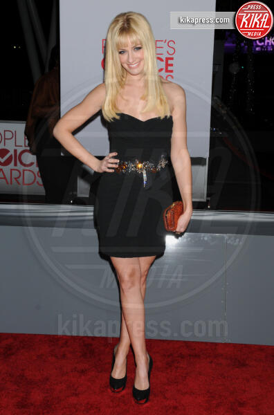 Beth Behrs - Los Angeles - 11-01-2012 - People's Choice Awards 2012: gli arrivi sul red carpet