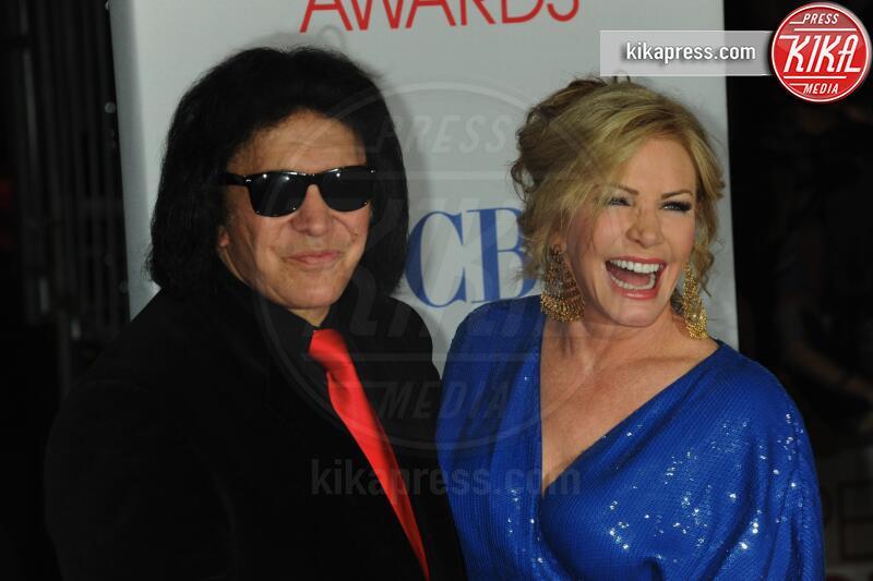 Shannon Tweed, Gene Simmons - Los Angeles - 11-01-2012 - People's Choice Awards 2012: gli arrivi sul red carpet