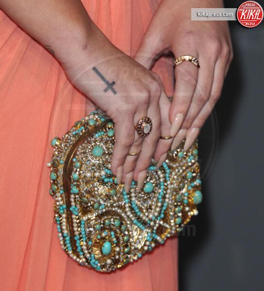 Demi Lovato - Los Angeles - 12-01-2012 - People's Choice Awards 2012: gli arrivi sul red carpet