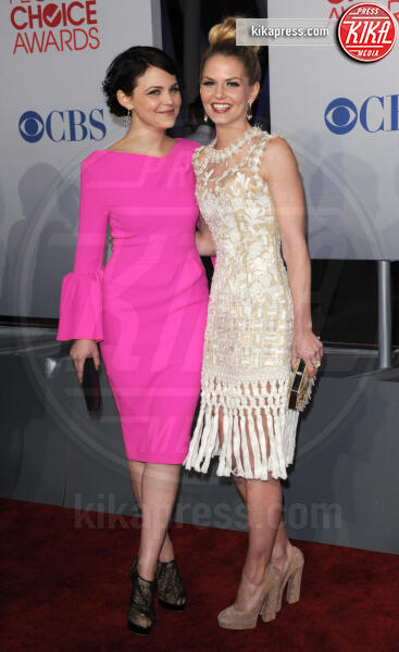 Ginnifer Goodwin, Jennifer Morrison - Los Angeles - 12-01-2012 - People's Choice Awards 2012: gli arrivi sul red carpet