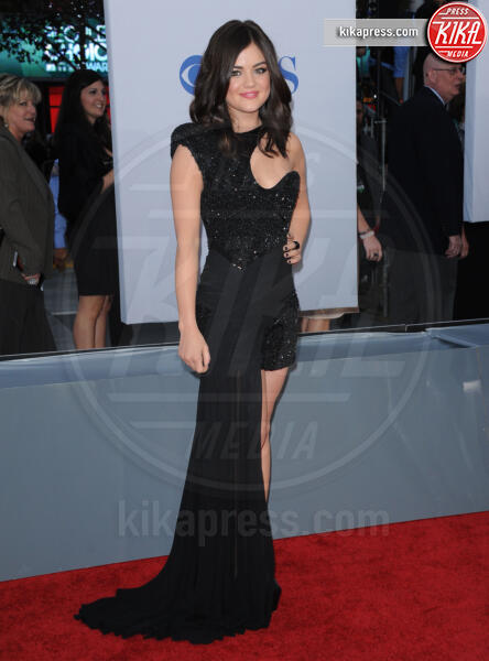 Lucy Hale - 12-01-2012 - People's Choice Awards 2012: gli arrivi sul red carpet