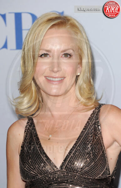 Angela Kinsey - Los Angeles - 12-01-2012 - People's Choice Awards 2012: gli arrivi sul red carpet