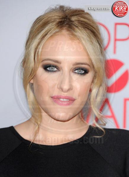 Carly Chaikin - Los Angeles - 12-01-2012 - People's Choice Awards 2012: gli arrivi sul red carpet