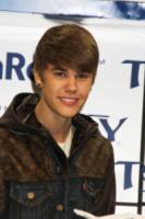 Justin Bieber - Las Vegas - 11-01-2012 - Justin Bieber passa San Valentino con una bambina malata di cancro