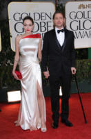 Angelina Jolie, Brad Pitt - Los Angeles - 16-01-2012 - Brad Pitt farà riabilitazione per curare il ginocchio