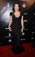 Kim Kardashian - Beverly Hills - 16-01-2012 - Kim Kardashian parteciperà a un altro telefilm