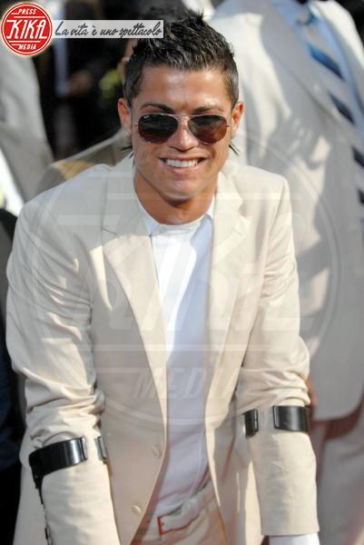 Cristiano Ronaldo - Los Angeles - 25-07-2011 - Bende, cerotti, gessi, la dura vita della star