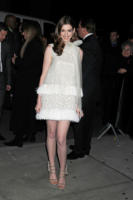 Anne Hathaway - New York - 17-11-2010 - Anne Hathaway, una diva dal fascino… Interstellare!