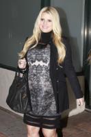 Jessica Simpson - Los Angeles - 18-01-2012 - Jessica Simpson sceglie vestiti rosa per il bambino in arrivo