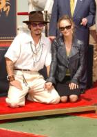 Vanessa Paradis, Johnny Depp - Hollywood - 19-01-2012 - Vanessa Paradis in solitaria alla premiere del suo ultim film
