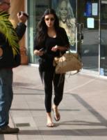 Kim Kardashian - Los Angeles - 20-01-2012 - Kim Kardashian dona 50 mila dollari a un progetto per aiutare i ragazzi gay