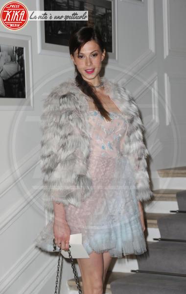 Elettra Wiedemann - Parigi - 23-01-2012 - Calda e colorata: è la Venere in ecopelliccia!