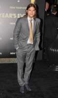 Ashton Kutcher - Hollywood - 06-12-2011 - Ashton Kutcher assiste al concerto di Rumer Willis