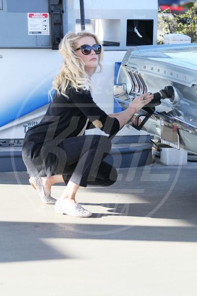 Amber Heard - Los Angeles - 26-01-2012 - Natalie Portman, quando i cigni fanno benzina