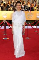 Zoe Saldana - Los Angeles - 29-01-2012 - Zoe Saldana ha un appuntamento con la madre del fidanzato Bradley Cooper