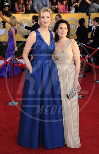 Lara Embry, Jane Lynch - Los Angeles - 29-01-2012 - Cara, Michelle e le altre: quando lei & lei sono in coppia