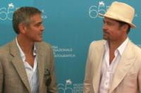 Brad Pitt, George Clooney - Venezia - 27-08-2008 - Brad Pitt: dall'esordio a ora quanti cambiamenti