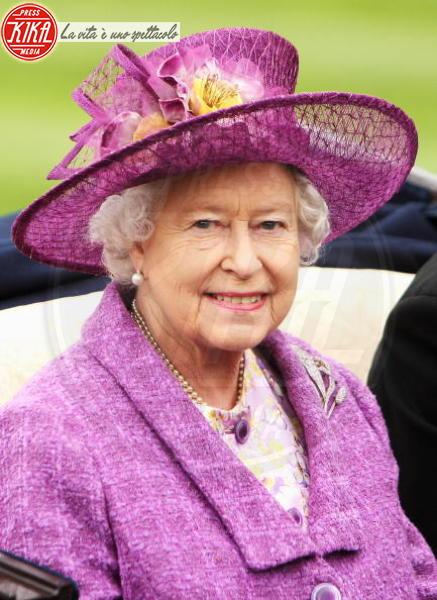 Regina Elisabetta II - Ascot - 18-06-2008 - The Crown, la vita di Elisabetta II in TV. Lo sapevate che...?