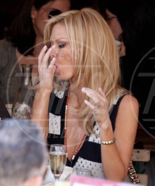 Jenna Jameson - New York - 17-04-2008 - La grande abbuffata… che non incide sulla bilancia!
