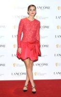 Emma Watson - Los Angeles - 10-02-2012 - Emma Watson criticata per il suo taglio corto