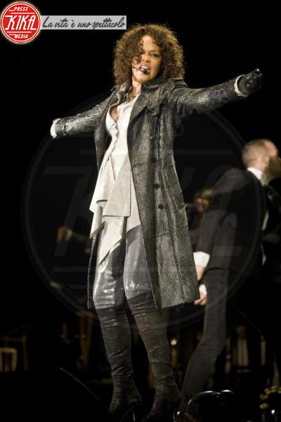 Whitney Houston - Los Angeles - 11-02-2012 - Scandalo polizia: apprezzamenti al cadavere di Whitney Houston