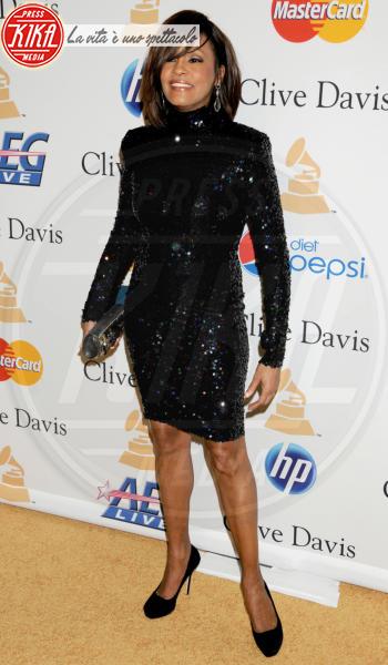 Whitney Houston - Beverly Hills - 13-02-2011 - Tutti i fan invitati al funerale di Whitney Houston all'arena di Newark