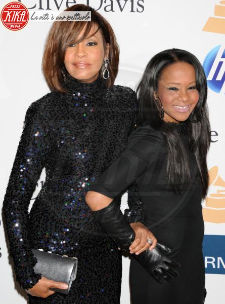Bobbi Kristina Brown, Whitney Houston - Beverly Hills - 13-02-2011 - Bobby Brown cancella un concerto per stare con la figlia Bobbi Kristina