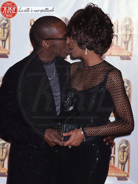 Whitney Houston, Bobby Brown - Los Angeles - 12-02-2012 - Bobby Brown cerca di dimenticare Whitney Houston con concerto e serata fuori