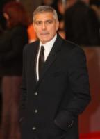 George Clooney - Londra - 12-02-2012 - George Clooney è stato l'autista di Tony Bennett