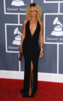 Rihanna - Los Angeles - 13-02-2012 - Chris Brown potrebbe partecipare alla prossima canzone di Rihanna