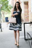 Miranda Kerr - Sydney - 12-02-2012 - Casual addio: oggi lo street-style diventa bon ton!