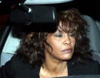 Whitney Houston - Los Angeles - 13-02-2012 - Tutti i fan invitati al funerale di Whitney Houston all'arena di Newark