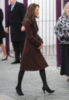Kate Middleton - Londra - 14-02-2012 - Esaurito in poche ore il cappotto indossato da Kate Middleton a Liverpool