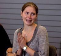 Amanda Knox - Seattle - 04-10-2011 - Amanda Knox ottiene un contratto per scrivere le sue memorie