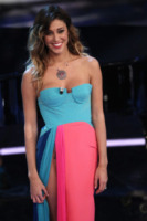 Belen Rodriguez - Sanremo - 16-02-2012 - Sanremo 2012: il mistero delle mutandine di Belen Rodriguez... Eppur si vedono