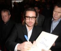 Brad Pitt - Parigi - 17-02-2012 - Tanti auguri Brad Pitt: la star di Hollywood compie 50 anni