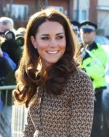 Kate Middleton - 21-02-2012 - Kate Middleton ha sei studenti di design pronti a farle le scarpe