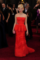 Michelle Williams - Hollywood - 26-02-2012 - Michelle Williams e Busy Philipps si sono coordinate per gli abiti degli Oscar