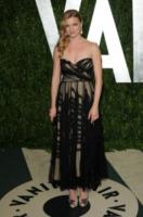 Emily Vancamp - West Hollywood - 26-02-2012 - Emily Vancamp ha detto si': da Revenge... all'altare!