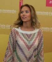 Scarlett Johansson - Venezia - Molte attrici in lizza per interpretare Hillary Clinton