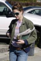 Drew Barrymore - Beverly Hills - 02-02-2005 - Star come noi: a ogni personaggio pubblico il suo quotidiano