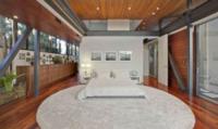 Villa Justin Bieber - Hollywood - 05-03-2012 - Justin Bieber si regala la villa che fu di Kutcher e Moore