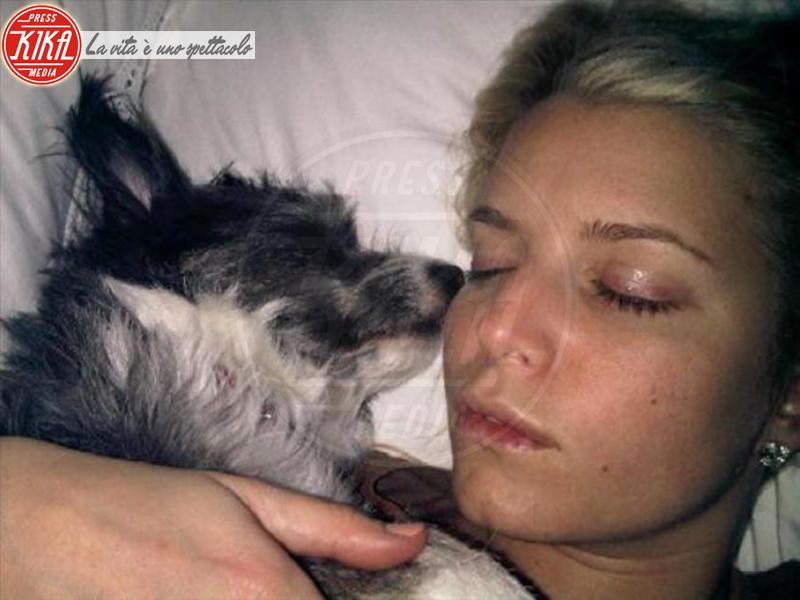 Jessica Simpson - Milano - 06-03-2012 - Dormirebbero tutto il giorno, ma solo per una buona causa