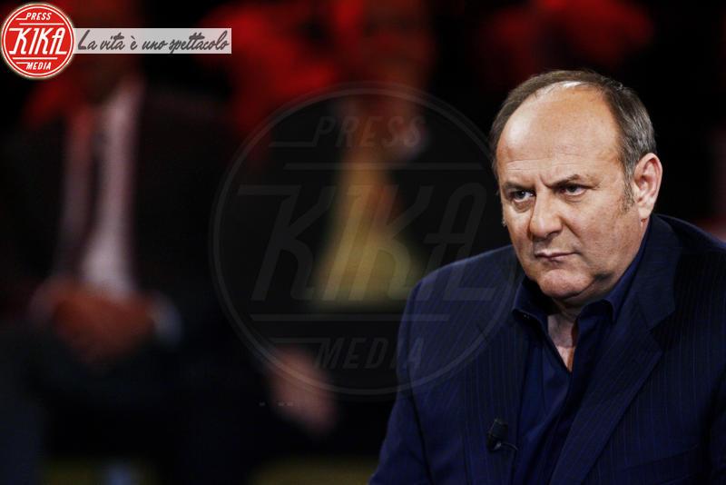 Gerry Scotti - Milano - 06-03-2012 - Sinistra, destra o centro? Lo schieramento politico dei vip