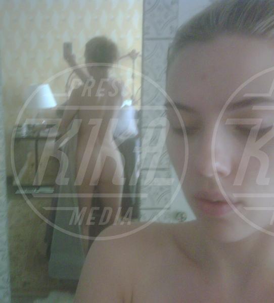 Scarlett Johansson - Los Angeles - 15-09-2011 - Quelli che… gli rubano il film hard