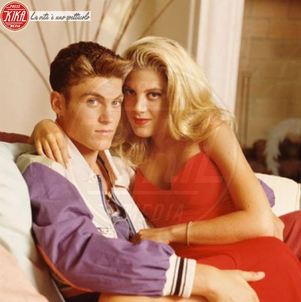 Brian Austin Green, Tori Spelling - Los Angeles - 09-03-2012 - Beverly Hills 90210: Donna e Kelly, qualcosa è cambiato!